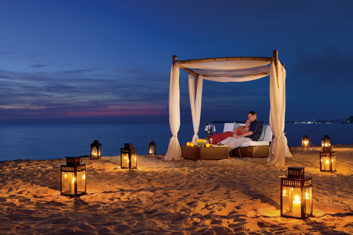 Romantic Dinner on the Beach Platinum Menu